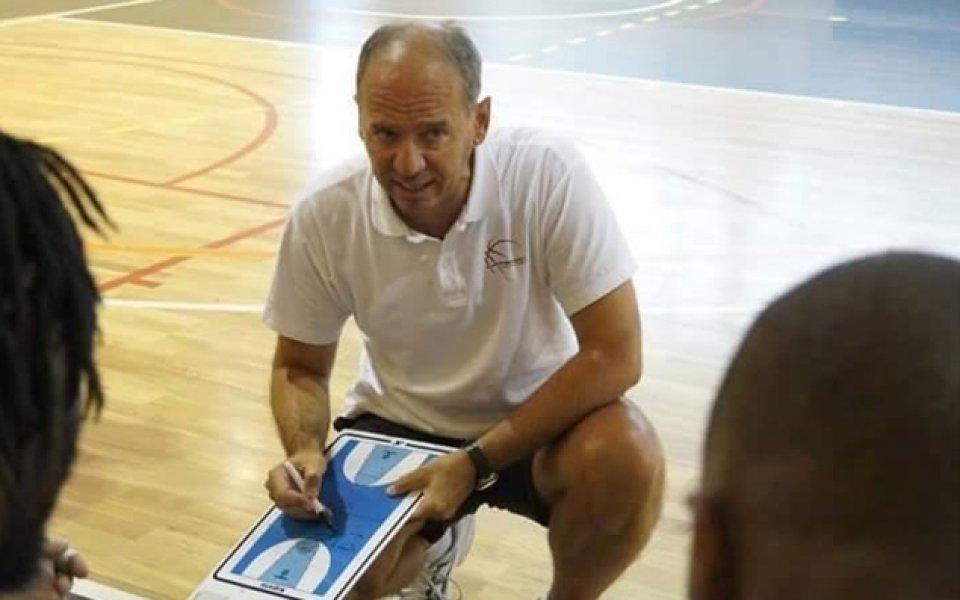 Сръбски баскетболен спец с лекция пред български треньори