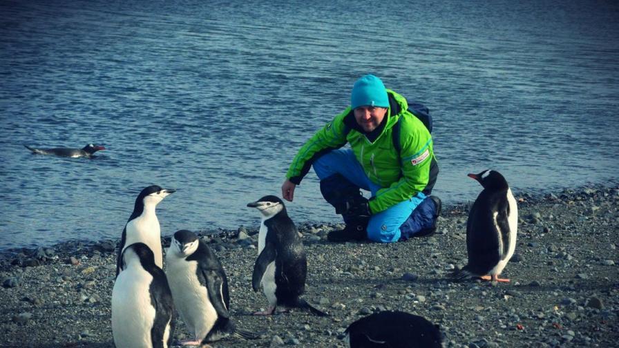 Антарктида се смалява и губи от най-големите си глетчери