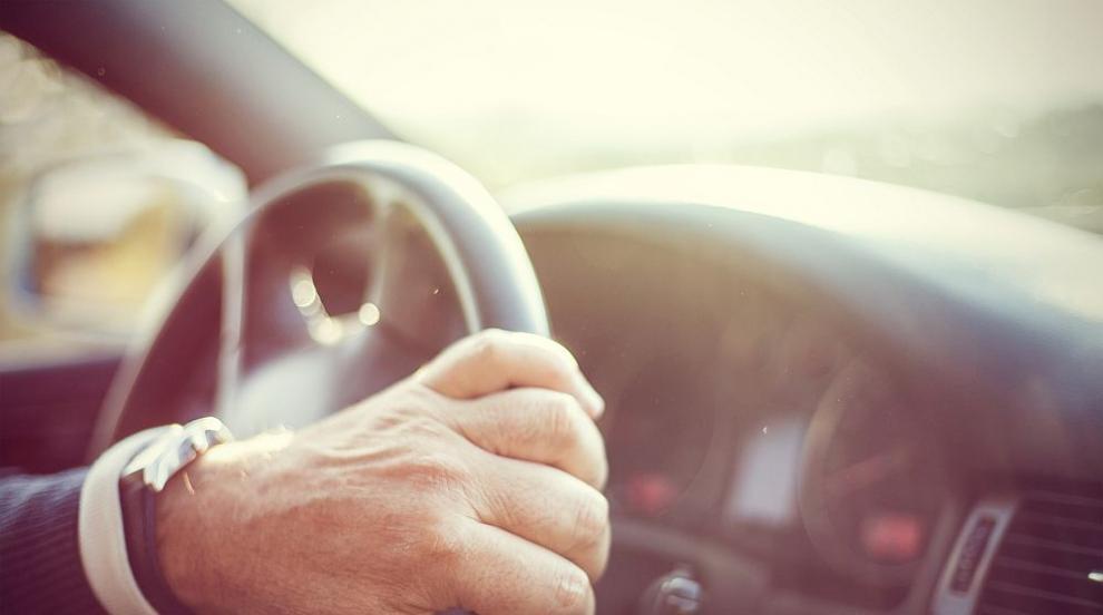Шофьори изгубили регистрационните табели на колите си при пороя в София