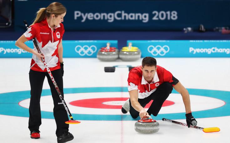 Канада спечели груповата фаза на турнира по кърлинг