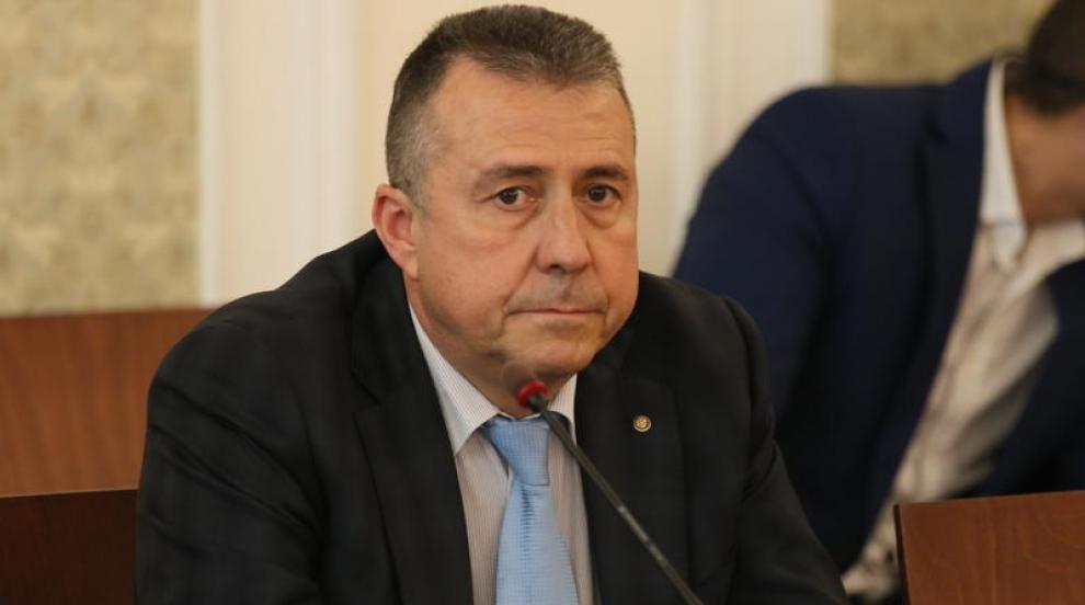 """Зам.-министър Йовев провери къмпинг """"Корал"""", готви доклад"""