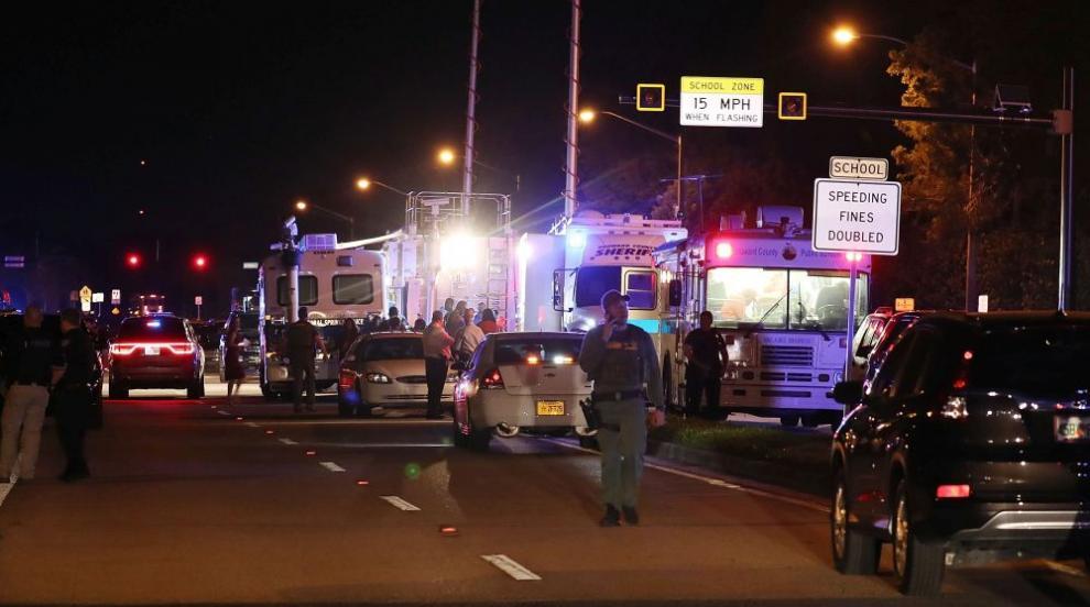 Трагедията във Флорида: 17 жертви на стрелба в гимназия (ВИДЕО/СНИМКИ)