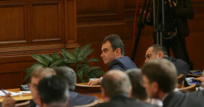 Снимка: Сделката за продажбата на ЧЕЗ влиза в парламента