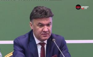 Михайлов се обоснова за Ганчев, обясни и за Сираков