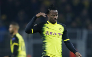 Скаутите на Дортмунд обраха овациите за Батшуай