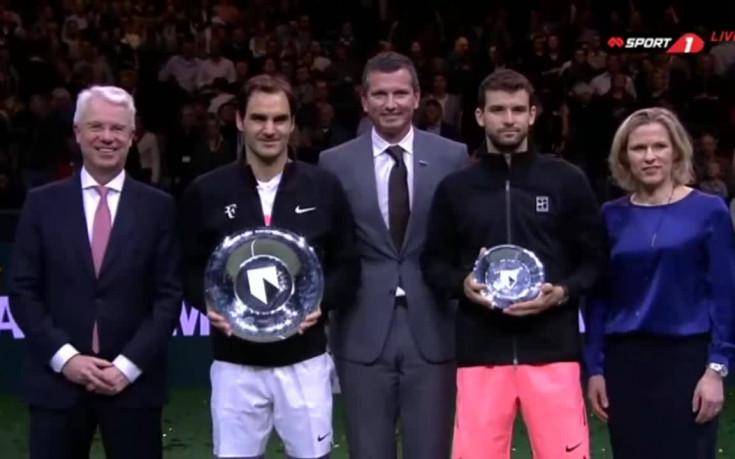 Федерер вдигна титлата в Ротердам