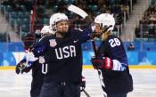 САЩ очаква съперника си за финала на хокейния турнир при жените