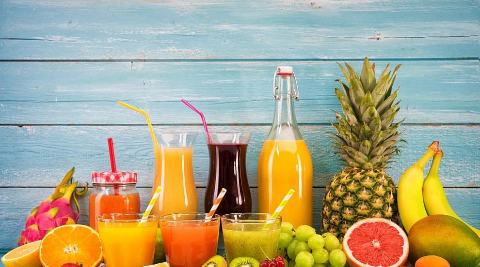 Сладките напитки и плодовите сокове увеличават риска от преждевременна...