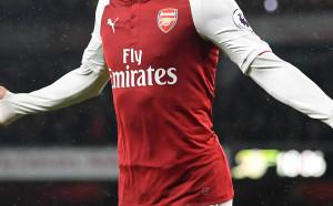 Арсенал подписа нов рекорден договор с Емирейтс