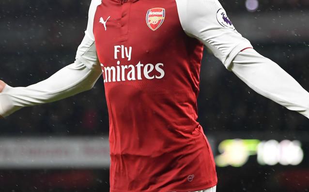 """Авиокомпания """"Емиратс"""" остава спонсор на Арсенал до края на сезон"""