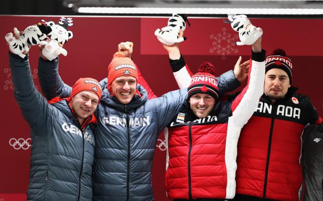 Канада и Германия поделиха златните медали на двуместен бобслей за