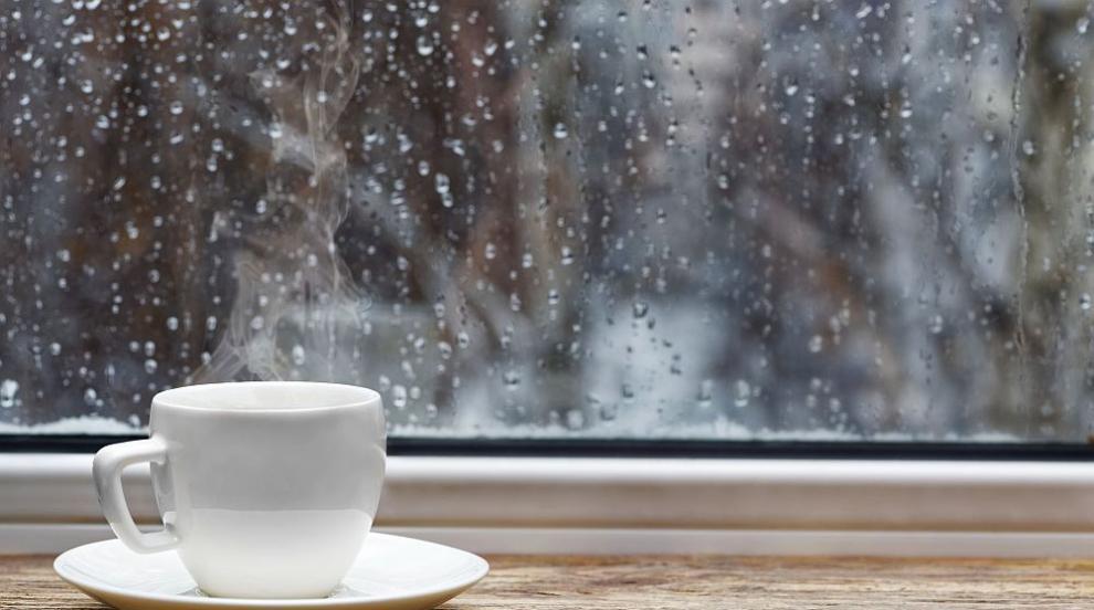 Облачно и дъждовно в четвъртък, кога си отива лошото време?
