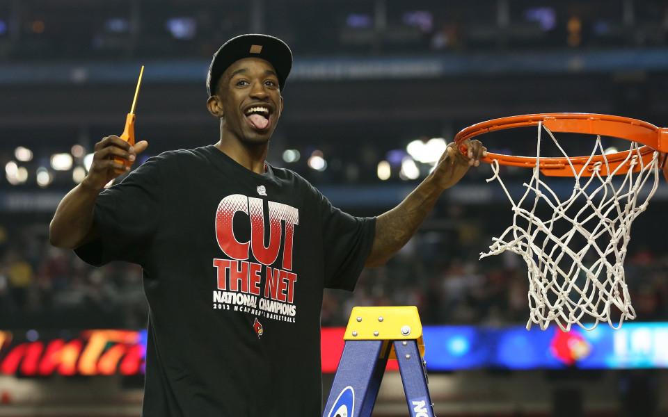 Скандал в колежанския баскет: Отнеха титла заради оргии