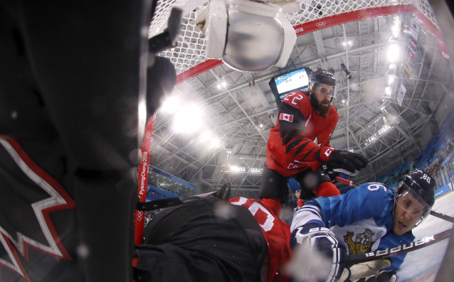 Kанада се класира за полуфиналите на олимпийския турнир по хокей