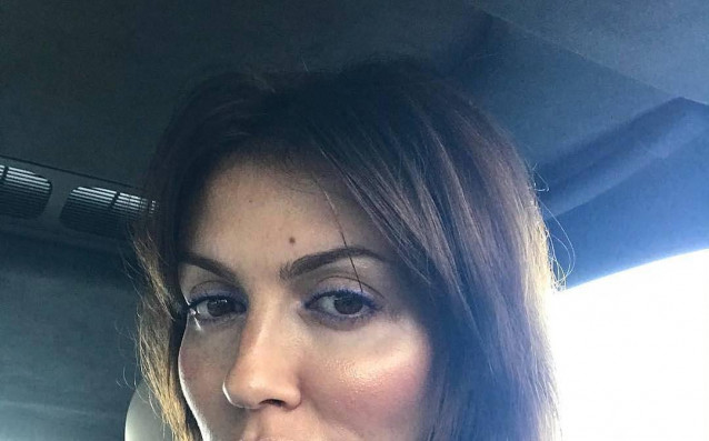 Жената на Аршавин пак избухна, заплашила да реже пръстите на модел