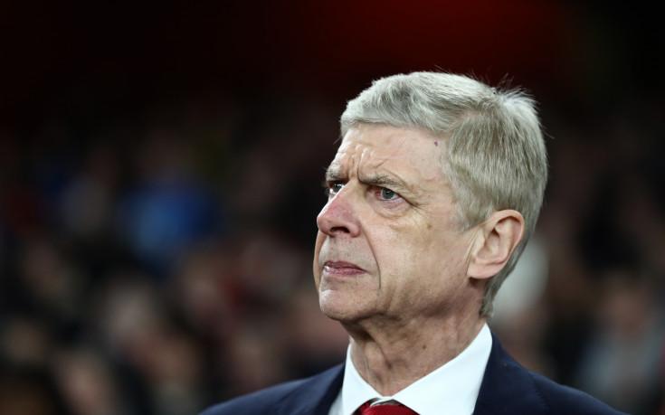 Венгер пак увърта за бъдещето си в Арсенал