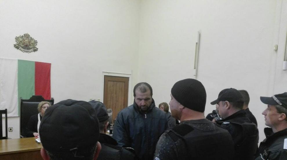 Легионерът от Орешник остава в ареста