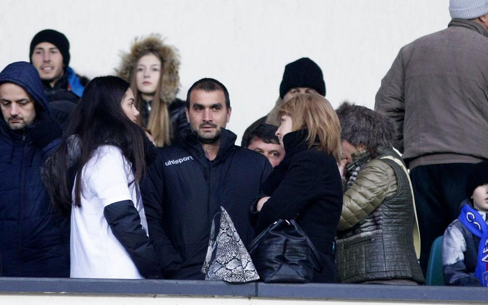 Големият бос на Левски и синът на Гунди в ложите на Националния стадион