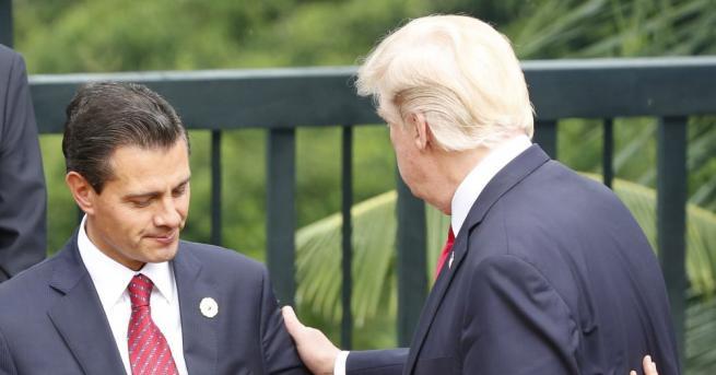 Мексиканският президент Енрике Пеня Нието е отложил плановете си да