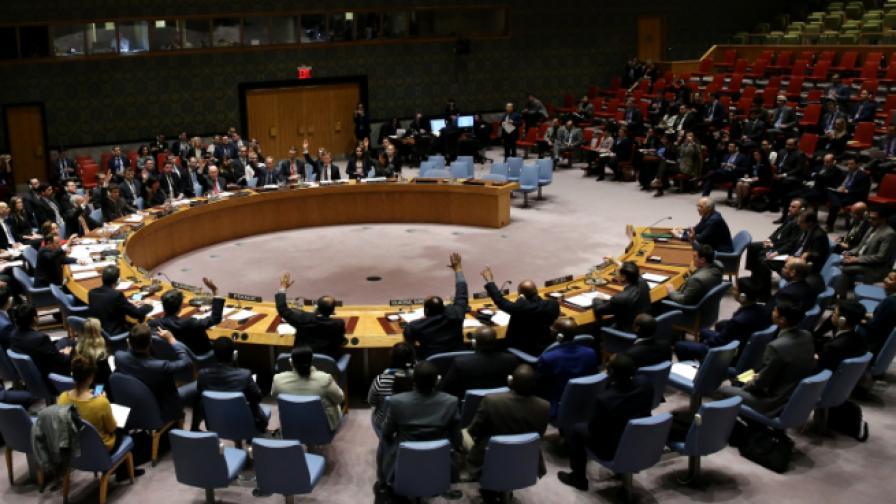 ООН прие резолюция за 30 дни мир в Сирия, нова атака рани десетки