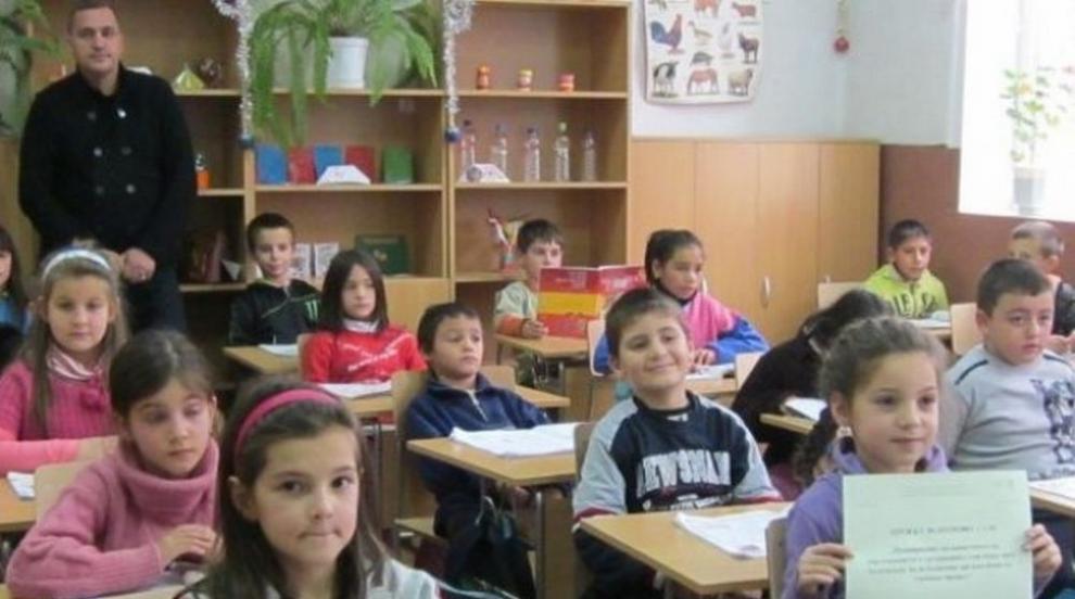 Родители недоволстват заради новите правила за прием в първи клас