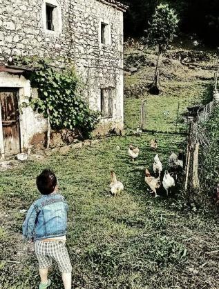 Лео Кадели като дете