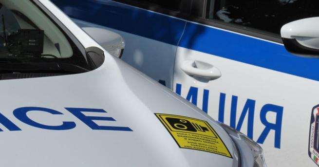 Шофьор заплаши с боен пистолет водач на автобус при изпреварване