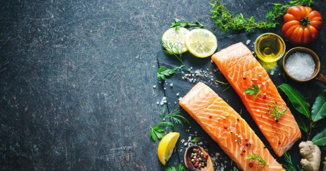 Хората, които редовно консумират риба, са с по-малък риск от