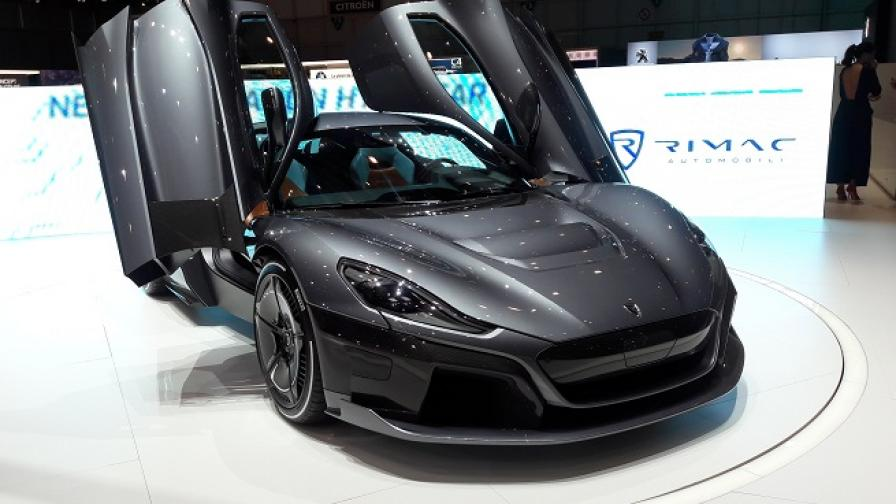 Tesla Roadster? Rimac C_Two го бие сега