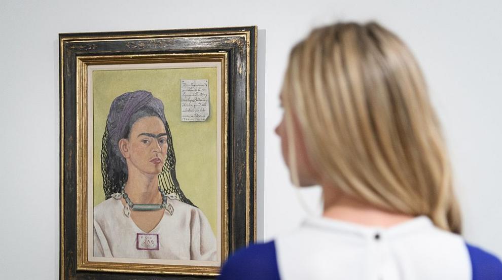 Съд забрани продажбата на Барби с лика на Фрида Кало в Мексико