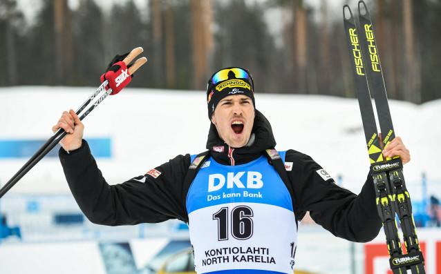 Юлиан Еберхард от Австрия спечели масовия старт на 15 километра