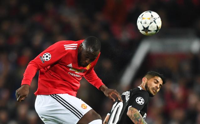 Севиля поведе с 1:0 при гостуването на Манчестър Юнайтедв осминафиналния