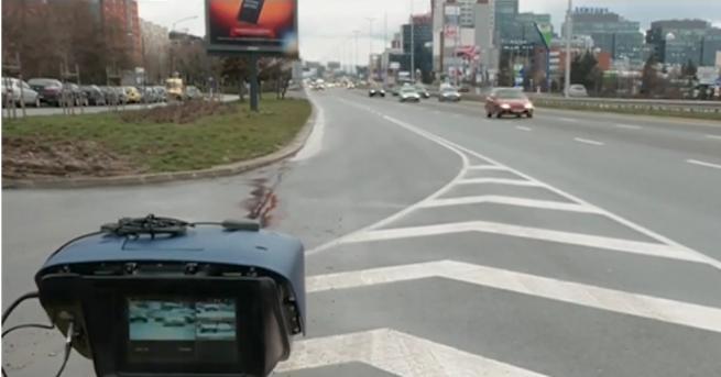 Новите лазерни камери на полицията могат да засичат по трима