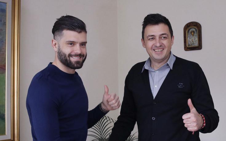 Официално: Левски задържа капитана си до 2020