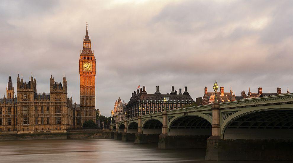 Лондон ще обмисли следващите стъпки в шпионския спор с Москва