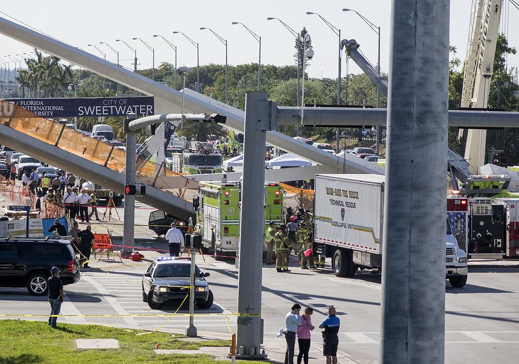 Мостът е бил проектиран да издържи ветрове с ураганна сила. Теглото му бе 950 тона, дължината - 52 метра. Стойността на строителните работи е 11,4 милиона долара.
