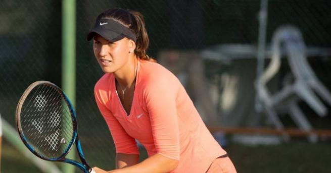 Джулия Терзийска се класира на финал на двойки на турнира