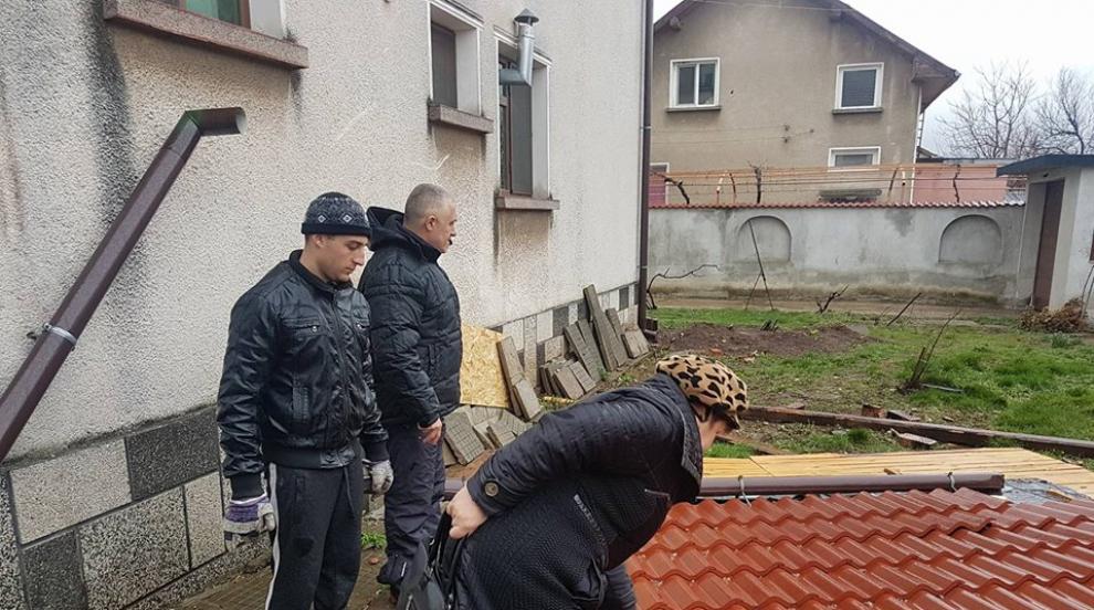 Ураганният вятър нанесе сериозни щети във Враца
