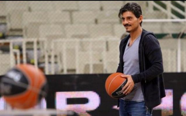 Собственикът на баскетболния Панатинайкос Димитрис Янакопулос продължава кръстоносния си поход