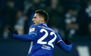 Валенсия ще спори с Шалке за хърватски талант на Юве