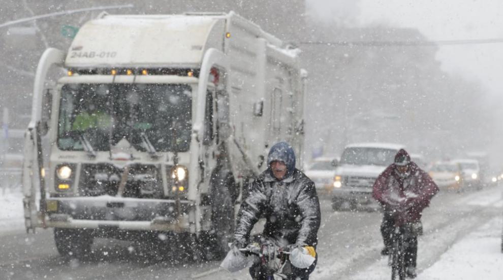 Североизтокът на САЩ се готви за четвърта зимна буря