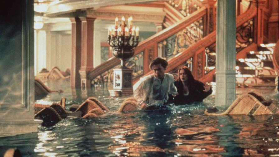 """Кадри от """"Титаник""""."""