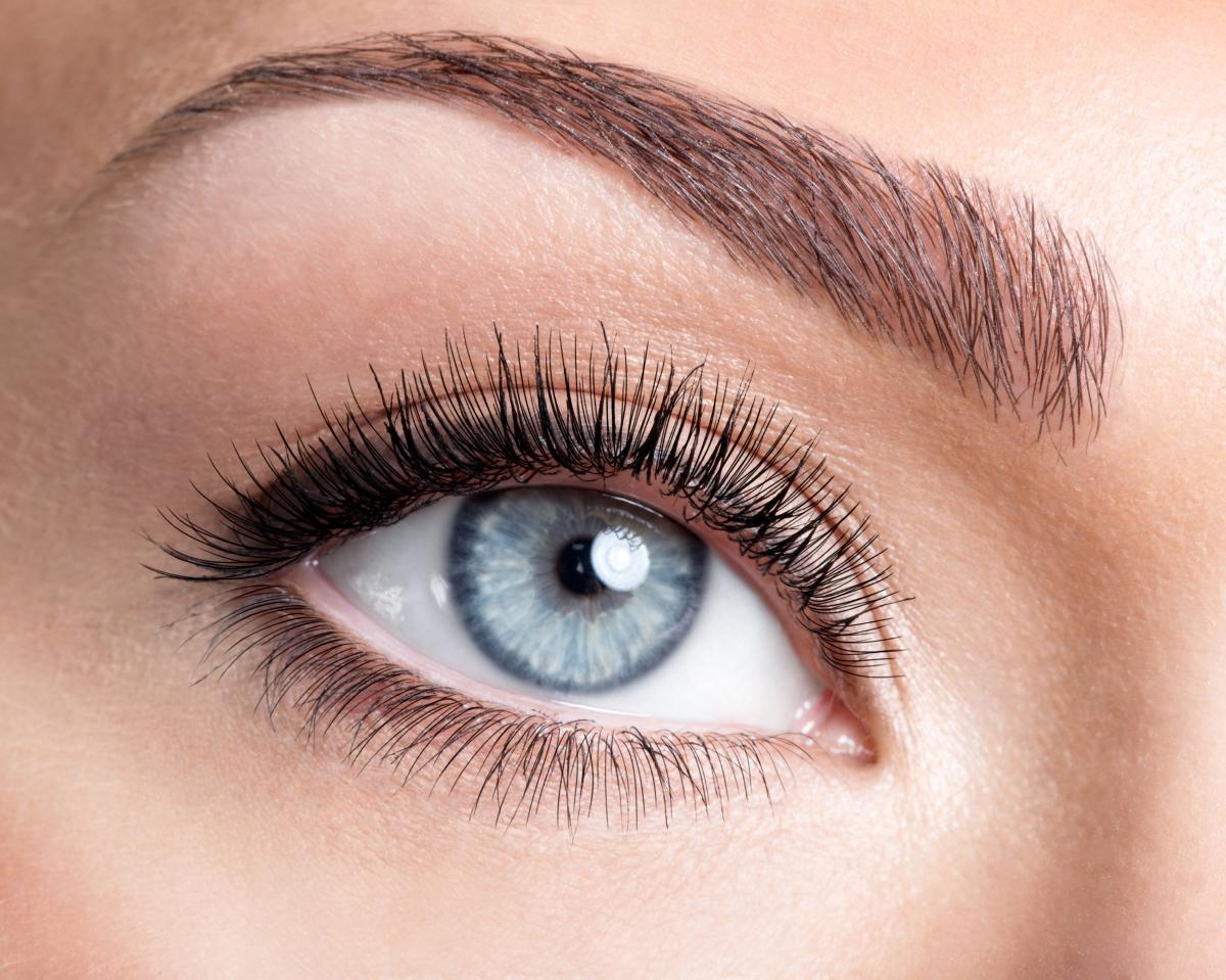 Хората със сини очи имат по-високо IQ.