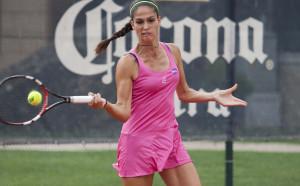 Изабелла Шиникова на полуфинал в Хамамет