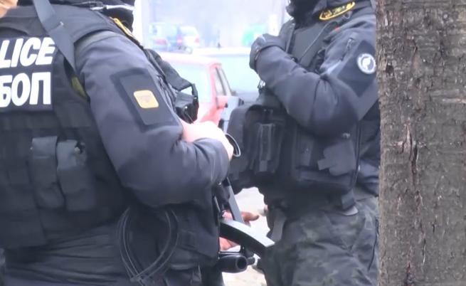Акция на ФБР във Велико Търново срещу британски педофил