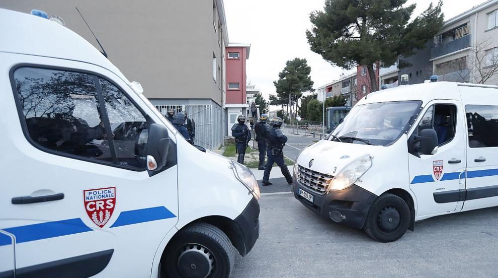 Терористичната заплаха във Франция остава висока