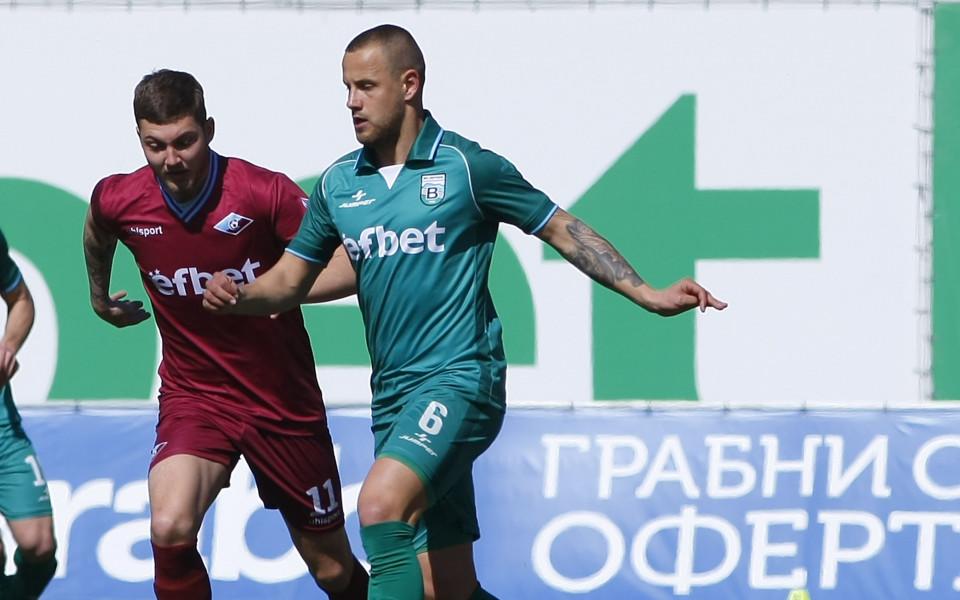 Септември тренира в Киев преди мача от младежката ШЛ с Динамо (видео)