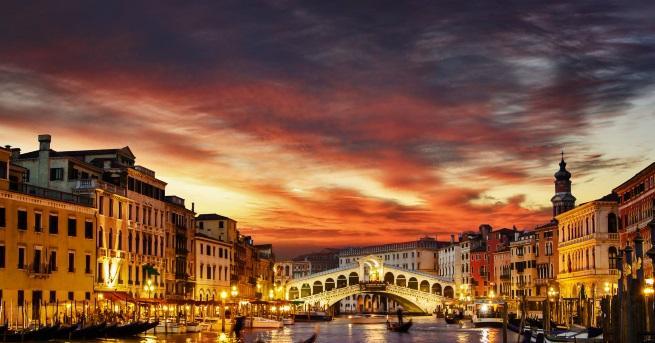 Снимка: Трябва да видите тази Венеция. Изненадва с размери