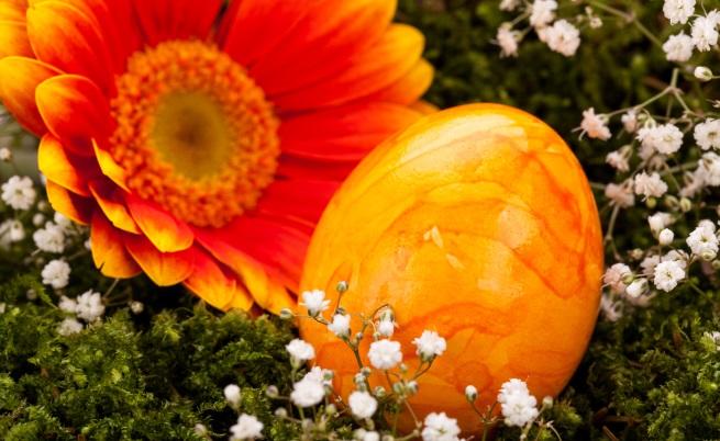 Мраморен ефект на великденските яйца - с пяна за бръснене