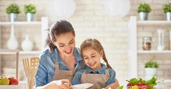 Обикновено се замисляме за грешките в храненето на детето когато